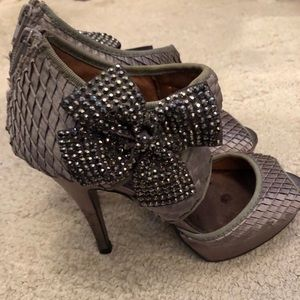 Gray/silver heels with bow detail
